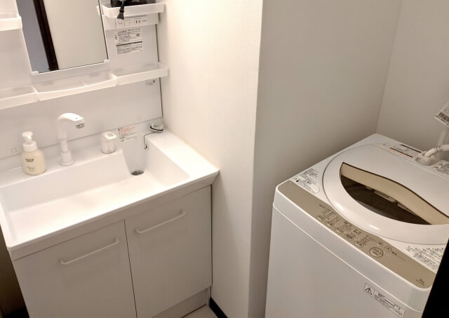 洗面台の洗濯機